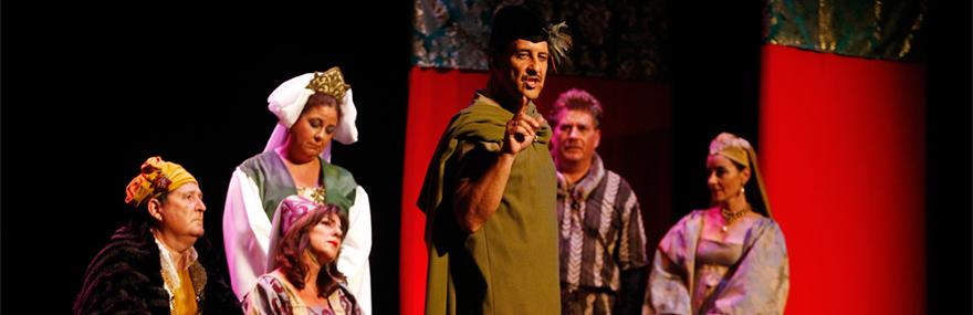 El Grupo de Teatro estrena 'La venganza de don Mendo' en el Teatro Isabel la Católica-media-1