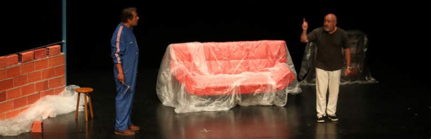 El Grupo de Teatro lleva su obra 'Reformas de interior' a la Casa de la Cultura de Santa Fe-media-1